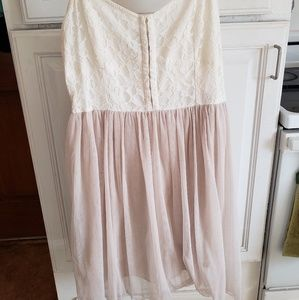 AE lace dress. Size 12. Cream and blush